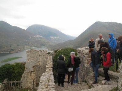Pasqua Sul Lago Del Turano04