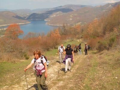 Pasqua Sul Lago Del Turano12