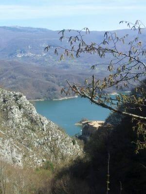 Pasqua Sul Lago Del Turano37